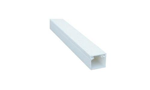 LISTWA PLAST 20X18 2MB